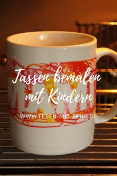 Tassen bemalen mit Kindern Informations About Tassen bemalen mit Kindern Pin You can easily use my p Presents For Men, Xmas Gifts, Christmas Presents, Painted Cups, Learn To Fly, Experience Gifts, Beer Mugs, Woodland Party, Holiday Cocktails