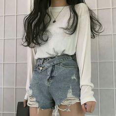 10 more korean fashion summer casual - koreanische mode sommer lässig korean fashion summer casual - Edgy fashion casual Cute Casual Outfits, Short Outfits, Pretty Outfits, Stylish Outfits, Fashion Outfits, Stylish Girl, Fashion Styles, Fashion Tips, Korean Girl Fashion