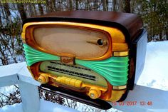 MADE IN FRANCE Mid Century Vintage Mid Century 1958 Oceanic Surcouf Model Tube Radio Rare and Beautiful Condition!