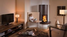 Sommerhuber; photo 2066: Tiled stove with fire shelf and backrest fine flute
