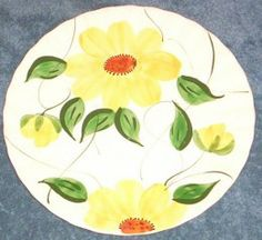Blue Ridge Pottery Sunflower Pattern.  More info  about Blue Ridge Pottery: http://thelmac.hubpages.com/hub/Blue-Ridge-Dishes