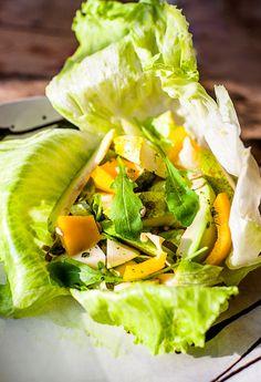 Sałata z awokado i gruszką Fresh Rolls, Tacos, Ethnic Recipes, Fit, Shape