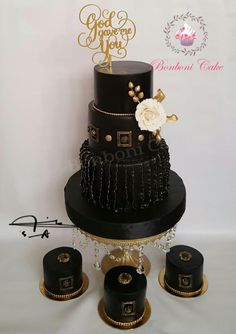 Black and gold by Bonboni Cake