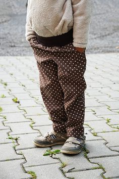 I've prepared simple universal pattern for children's trousers for you. This pattern is very versatile, you can use it with wide range of… Thread Chains, Textiles, Pants Pattern, Pattern Paper, Parachute Pants, Knit Crochet, Sewing Patterns, Trousers, Knitting