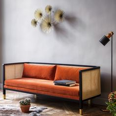 Red Edition wicker Sofa in Fox velvet - Canapé Cannage en velours Fox Red Edition Sofa Design, Canapé Design, Deco Design, Furniture Design, Design Trends, Design Ideas, Wicker Sofa, Wicker Furniture, Wicker Dresser