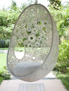 Doiley hanging chair