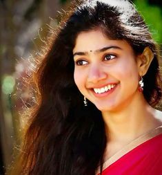 Sai Pallavi is a very famous Indian film actress. Sai Pallavi images, Sai Pallavi photos, Pallavi photos, Sai Pallavi hd photos, Sai Pallavi in Saree<br> Beautiful Girl In India, Beautiful Girl Photo, Cute Girl Photo, Beautiful Indian Actress, Beautiful Actresses, Sai Pallavi Hd Images, Indian Women Painting, Indian Girls Images, Lovely Girl Image