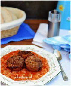 .. chute a vône mojej kuchyne...: Paradajková kapusta  s fasirkami  z muffinovej for...
