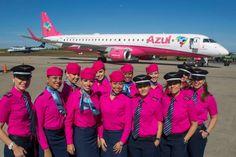 Vitoriosas da Azul abrem a campanha do Outubro Rosa com depoimentos emocionantes no aeroporto de Campinas :: Jacytan Melo Passagens