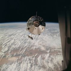 """High Oblique photograph (taken over New Mexico) of the Apollo 9 Command/Service Modules taken from the Lunar Module""""Spider""""on the fifth day of the Apollo 9 earth-orbital mission x Apollo 9, Mission Images, Apollo Spacecraft, Apollo Space Program, Photo Print, Air And Space Museum, Lost In Space, Space Travel, Space Crafts"""