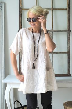 SIMPLE Linen tunic, LIGHT BEIGE (129,-)                                                                                                                                                                                 More