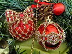 Beautiful beaded Christmas Balls | Beads Magic