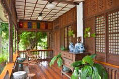 warm home A theme can go a long way towards making your landscaping design gorgeous. Filipino Architecture, Philippine Architecture, Architecture Design, Bamboo House Bali, Bamboo House Design, Thai House, Filipino Interior Design, Future House, Filipino House