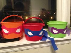 TMNT themed buckets for chips or what ever else using $.99 plastic buckets from Party City. Card stock masks with matching crepe streamer.