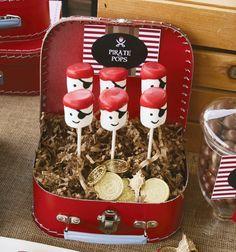 En los cumpleaños de los niños y niñas siempre están presentes las chuches o gominolas una de ellas son las nubes (marshmallows) que son deliciosas..!! las podemos encontrar en locales especiales p…
