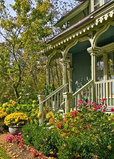 wonderful Victorian porch