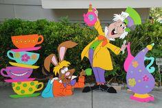 A Party in Wonderland Birthday - Alice in Wonderland, Mad Tea Party