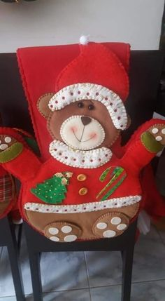 Gingerbread, Diy And Crafts, Christmas, Slipcovers For Chairs, Xmas, Vestidos, Holiday Ornaments, Crochet Table Runner, Ginger Beard