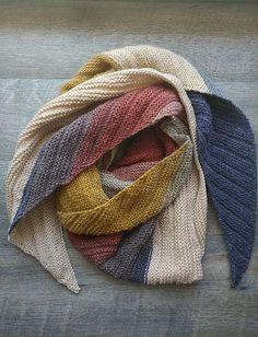 9b14dfc417415 52 meilleures images du tableau châle mousseux   Crochet Shawl ...