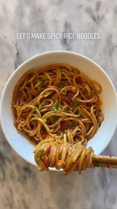 Soup Recipes, Vegetarian Recipes, Cooking Recipes, Healthy Recipes, Asian Recipes, Asian Noodle Recipes, Asian Dinner Recipes, I Love Food, Good Food