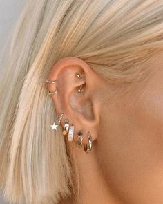 No Piercing - 4 Different Ways Clip On Hoop Earring - Helix - Tragus - Upper Lobe - Earlobe - Rim - Concho - Ear Cuff - Loop - Jewelry - Custom Jewelry Ideas Fake Piercing, Pretty Ear Piercings, Orbital Piercing, Ear Peircings, Ear Piercings Cartilage, Multiple Ear Piercings, Ear Piercings Chart, Body Piercings, Types Of Ear Piercings