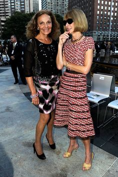 Diane von Furstenberg Photo - Fashion's Night Out: The Show - Front Row