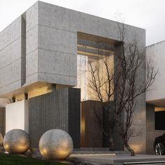"313 Likes, 5 Comments - Dream Houses | Denmark (@rasdreamhouses) on Instagram: ""Main entrance of H2... Lots of concrete #architecture #architecturelovers #design #concrete…"""