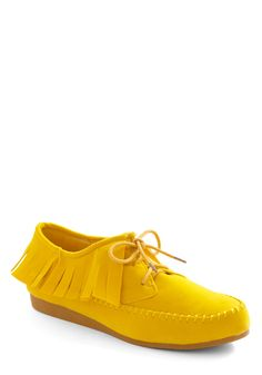 I have a feeling these little beauties (see what I did there?) could really spruce up a bland weekday outfit.