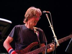 Lesh is famous for cofounding The Grateful Dead in 1965 - it went on to become one of the world's most influential bands. Last year, he was diagnosed with non-aggressive bladder cancer, but was treated at the Mayo Clinic and he is reportedly expecting to make a full recovery
