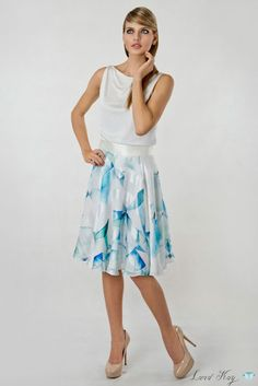 Crystalline green silk skirt by Land Kay. 100% Natural Silk. Please leave a request through http://landkay.com/en/lookbook.php
