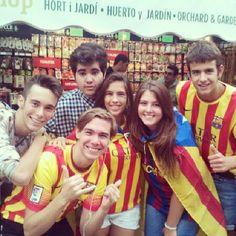 Cadena humana. #catalunya #cadena #freedom #catalunyaindependent #independencia #independentista #11S #carloscuevas #catalonia #catalunyalliure #cataloniaisnotspain #senyera #rambla #catalana #bandera #1714