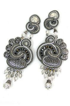 Click to view Dori's Mezzanotte collection