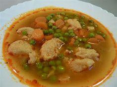 "Kiskonyhám ízei: Borsóleves vajas galuskával ""1/2V"" Tortellini, Thai Red Curry, Paleo, Ethnic Recipes, Soups, Drink, Fimo, Chef Recipes, Cooking"