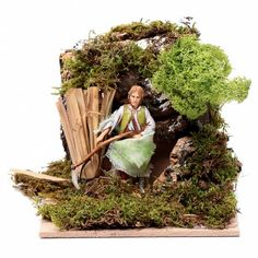 Hombre con guadaña 10 cm en Movimiento Moranduzzo | venta online en HOLYART Reggio, Animation, Texture, Christmas, Crafts, Christmas Manger, Christmas Decor, Windmills, Statues