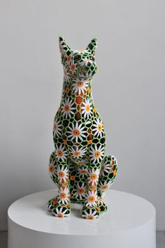 Joana Vasconcelos: Carlomagno, 2011, Faience dog, handmade cotton crochet, courtesy Galería Horrach Moyà, Palma de Mallorca