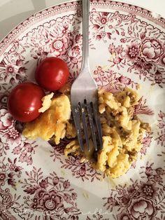 Mummin smetana-kanavuoka – Koti asemalla | Meillä kotona Quorn, Garam Masala, Food And Drink, Koti, Tableware, Kitchen, Dinnerware, Cooking, Tablewares