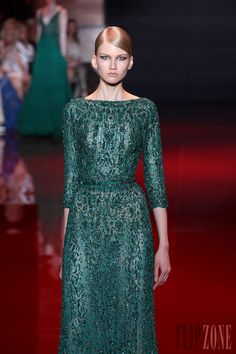 Elie Saab - Couture - Fall-winter 2013-2014 - http://en.flip-zone.com/fashion/couture-1/fashion-houses/elie-saab-3997 - ©PixelFormula