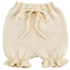 Baby Bloomers - Kit Go Handmade Crochet Baby Hat Patterns, Crochet Baby Hats, Baby Patterns, Crochet Jumper, Knit Or Crochet, Pull Bebe, Baby Pullover, Rainbow Sweater, Romper Pattern