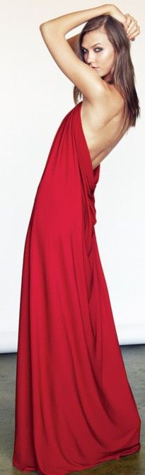 Me Adore!----The backless drape maxi dress ♥✤ Red Fashion, Fashion Models, Girl Fashion, Drape Maxi Dress, Glamour, Gowns Of Elegance, Swimwear Fashion, Girls Night Out, Beautiful Gowns