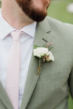 Sage green wedding suit and blush pink tie - Wedding Ideas Green Wedding Suit, Sage Green Wedding, Wedding Suits, Wedding Entourage, Wedding Tuxedos, Blush Groomsmen, Groom And Groomsmen Attire, Green Tuxedo, Blush Pink Weddings