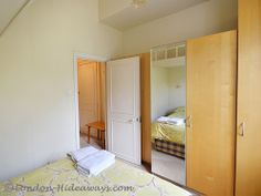 Large One bedroom apartment in central Bloomsbury Furnished Apartments, One Bedroom Apartment, Double Beds, Bloomsbury, Master Bedroom, London, Furniture, Home Decor, Full Beds