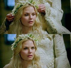 Emma is my favorite character Ouat, Once Upon A Time, Captain Swan, Captain Hook, Claire Holt, Jennifer Morrison, Swan Queen, Emma Swan, The Crown