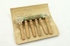 Dollhouse Miniature Clothes Line /& 5 Vintage Look Clothes Pins