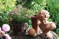 Dekoration im Garten  Garden Deco