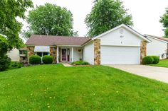 9 Shadowridge Dr., St. Peters, MO 63376 - presented by Pam Schroeder