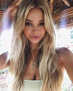 Find images and videos about girl, hair and model on We Heart It - the app to get lost in what you love. Long Hair Cuts, Long Hair Styles, Blonde Celebrities, Gorgeous Blonde, Just Girl Things, Girl Next Door, Beautiful Actresses, Girl Pictures, Beauty Women