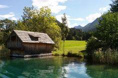 Am Südufer des Weissensees in Kärnten http://www.travelworldonline.de/traveller/weissensee-kaernten-ein-echter-geheimtipp-in-oesterreich/?utm_content=bufferb5386&utm_medium=social&utm_source=pinterest.com&utm_campaign=buffer . #see #kärnten #austria #weissensee #österreich #alpen