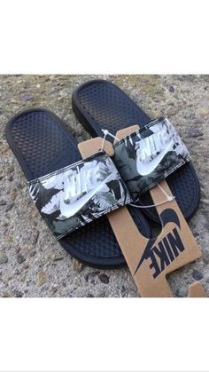 shoes nike slippers nike flip flops