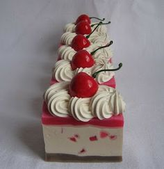 The Happy Housewife and her soap obsession: Yummy Slices and Cheescake Soaps Soap Cake, Cupcake Soap, Christmas Soap, Handmade Soaps, Handmade Headbands, Handmade Rugs, Handmade Crafts, Homemade Soap Recipes, Homemade Cards