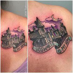 18 Spellbinding Hogwarts Tattoos | Tattoodo.com
